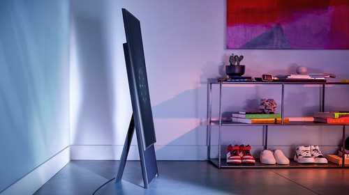 טלוויזיה חכמה עם מסך מסתובב