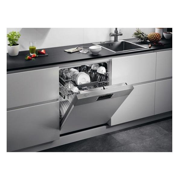 מראה במטבח FEB52600ZM