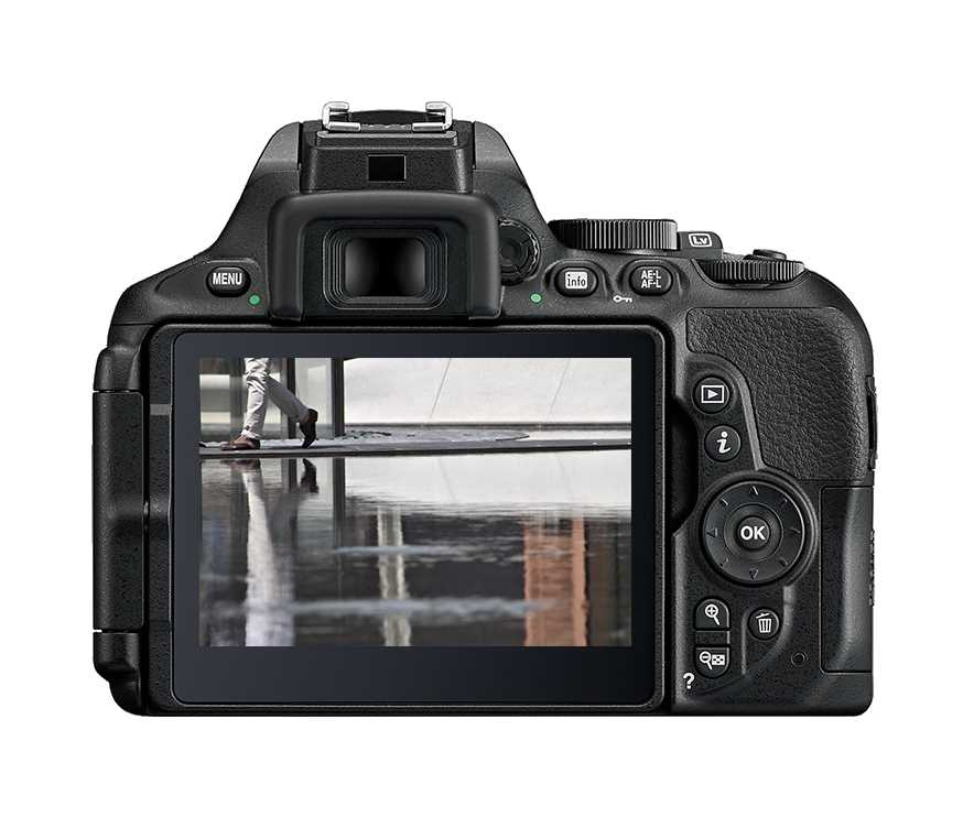 מצלמה רפלקס DSLR  Nikon D5600 ניקון + עדשה 18-140VR AF-S - תמונה 4