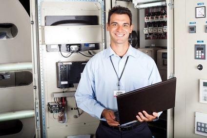 לתקן מחשב בחנות או במעבדה פרטית?